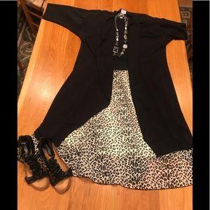 Two piece LuLaRoe outfit.Large Lola /Med Shirley